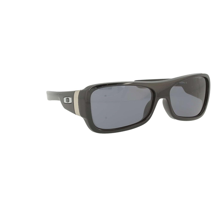 979b6eba97 Oakley Mens Montefrio Polished Black Chunky Sunglasses With Grey Lens  (03-560)  Amazon.co.uk  Clothing