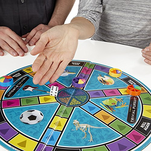 61x1RxKhIDL - Hasbro Trivial Pursuit Family Edition Game, Game Night, Ages 8 and up