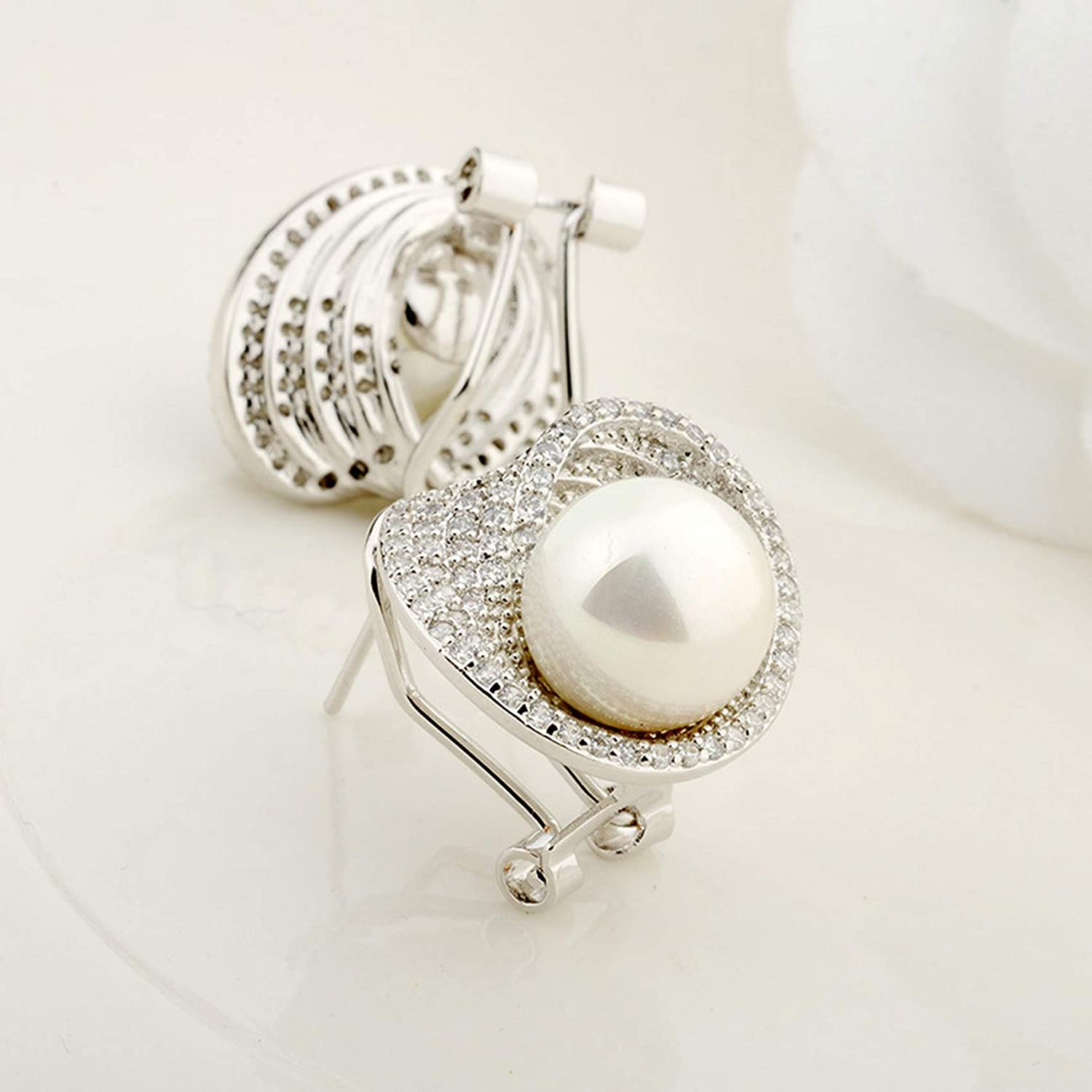 CS-DB Silver Love heart Tiny Cubic Zirconia Micro Paved Simulated Pearl Stud Charm Earrings
