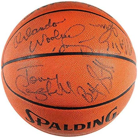 1988-89 LA Lakers Team Signed Basketball Jabbar Magic +12 Beckett BAS - Autographed Basketballs