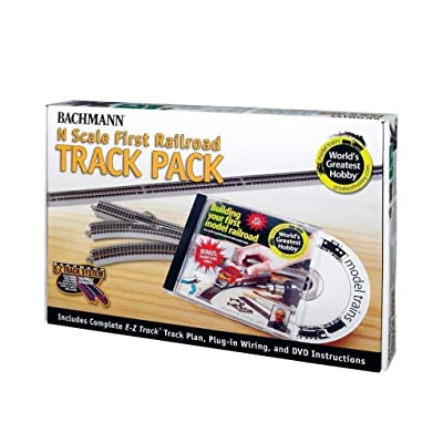 Bachmann World's Greatest Hobby Track Pack N Scale: Toys & Games