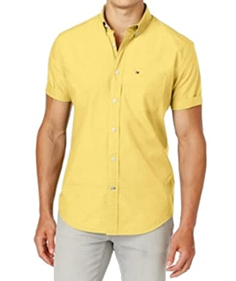 bd26c28067605 Tommy Hilfiger Men s Short Sleeve Button Down Shirt in Classic Fit at  Amazon Men s Clothing store