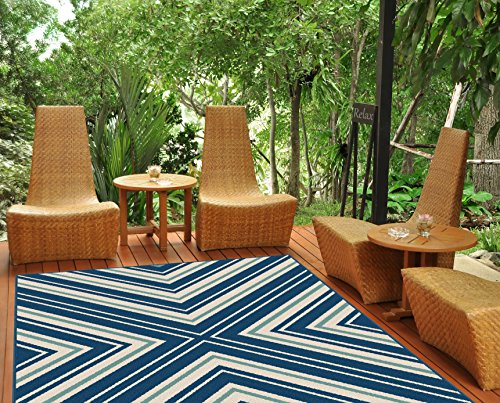Universal Rugs Outdoor Chevron Navy product image