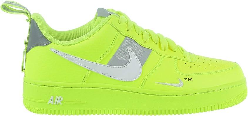 Nike Scarpe Uomo Sneakers AF1 Utility in Pelle Gialla AJ7747