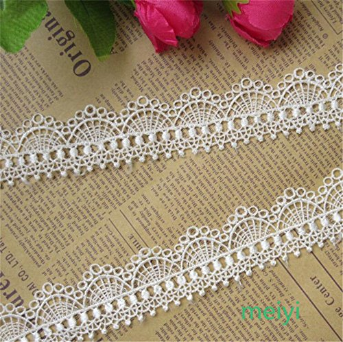 5 Meters Waved Polyester Lace Edge Trim Ribbon 3.3 cm Width Vintage Style Off White Edging Trimmings Fabric Embroidered Applique Sewing Craft Wedding Bridal Dress Embellishment DIY Card Clothes Decor