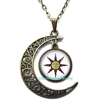 64fc570bcd38c Amazon.com: Bronze Moon Necklace,Simple Necklace,Sun Necklace Sun ...