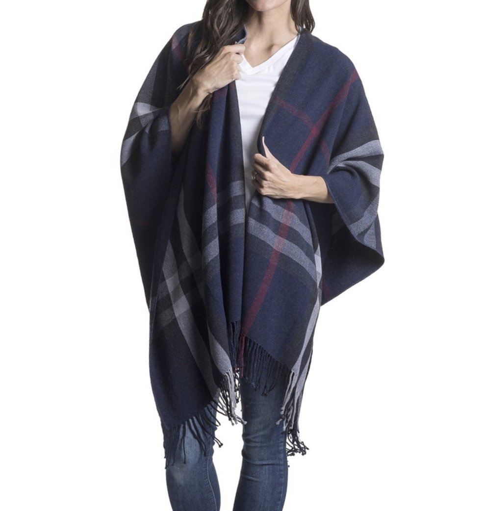 Travel Wrap (Plaid Deepwater with Pockets) by Mersea
