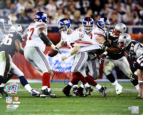 hed 16x20 Photo New York SB Escape - Steiner COA (Eli Manning Autographed 16x20 Photo)