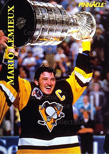 2 Eagle Base ((CI) Mario Lemieux, Stanley Cup Hockey Card 1997 Pinnacle Giant Eagle Mario Lemieux Moments (base) 2 Mario Lemieux, Stanley Cup)