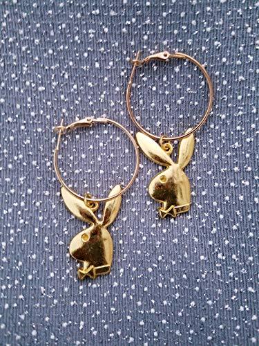 gold tone hoop earrings//playboy earrings//Natasha Vintage//Free Gift