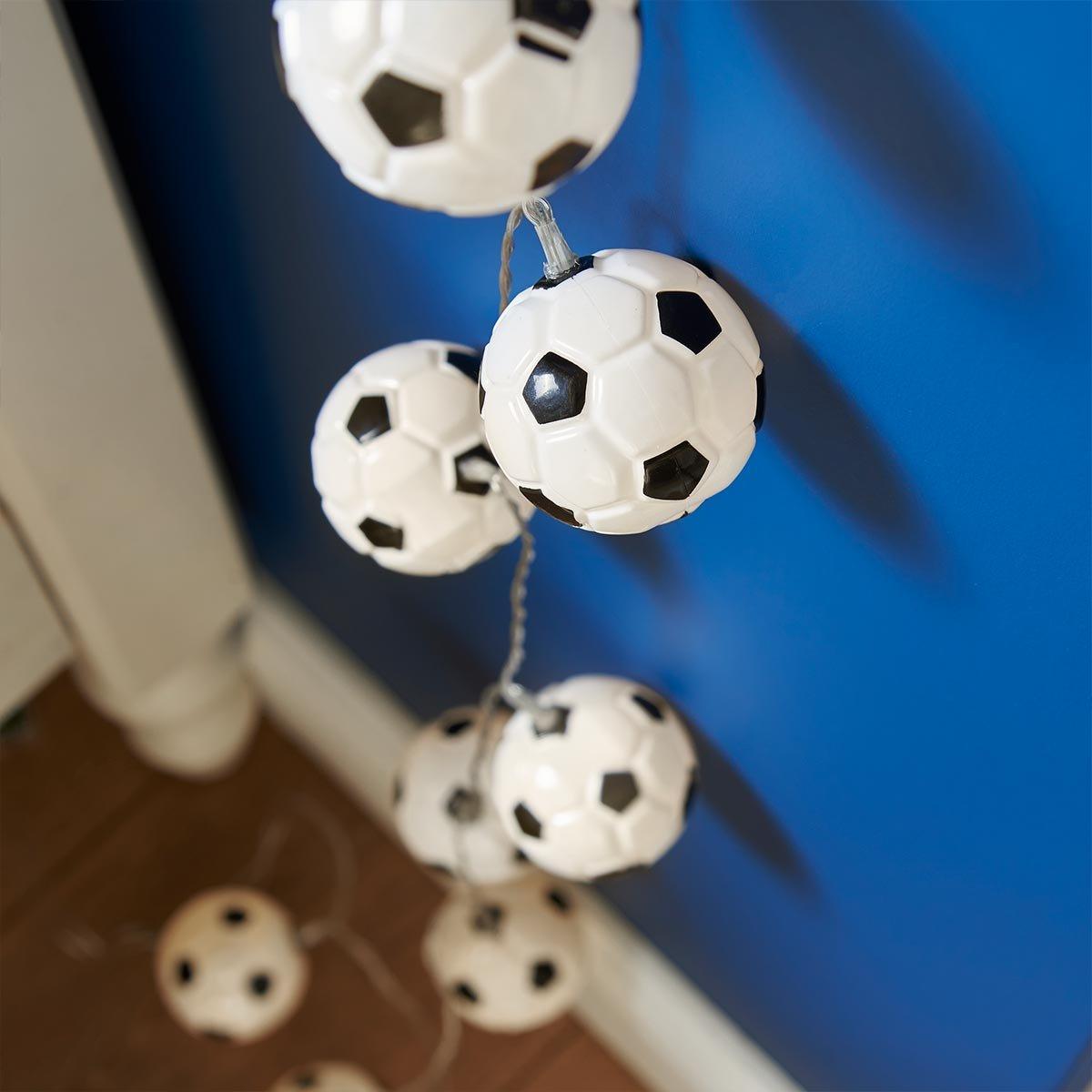 Le Cadeau Id/éal pour les fans de foot! Guirlande Lumineuse 10 Mini Ballons de Football /à LED 1,35 M/ètre /à Piles