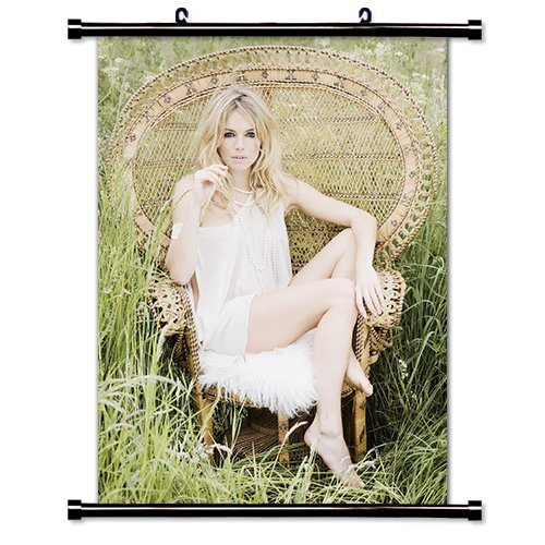 Sienna Miller Model Wall Scroll Poster (32x44) - Model Miller Sienna