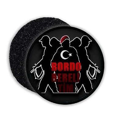 Amazon.com  Bordo Bereli Tim Army Turkey Soldiers Military MAK ... a4a47adb8