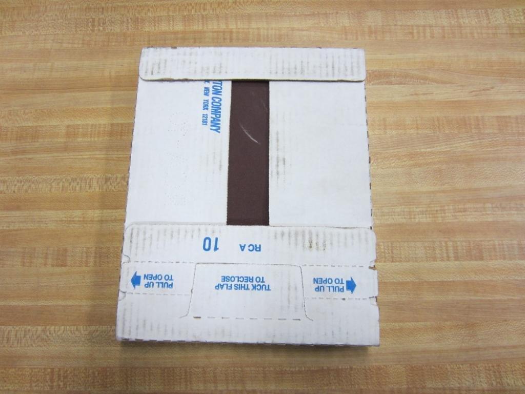 "Norton 5/"" Diameter A//O Lub Res PSA Sandpaper 180 Grit 100pc per Roll PB273"