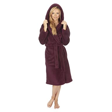 5420b108f1 Forever Dreaming Women s Plush Flannel Fleece Snuggle Dressing Gown at Amazon  Women s Clothing store