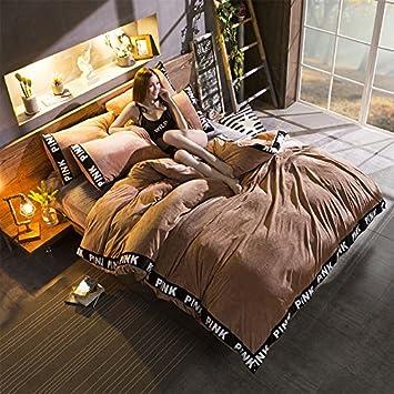 Un lit équipé de quatre pièces cashmere cachemire corail cristal literie flanelle hiver chaud épais lit 1 -8 m. -1 -8 m