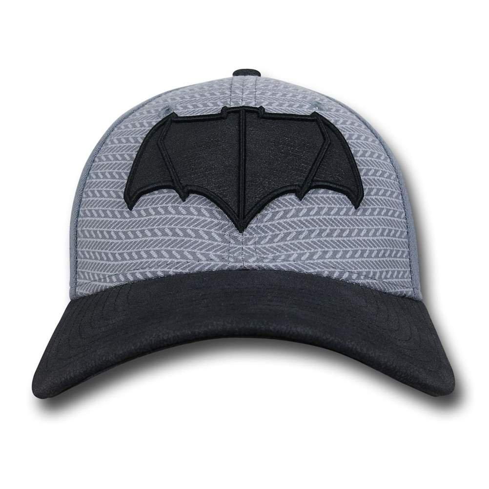 Batman Vs Superman Bat Symbol New Era 3930 Hat- Medium Large at Amazon  Men s Clothing store  6391282fe6a6