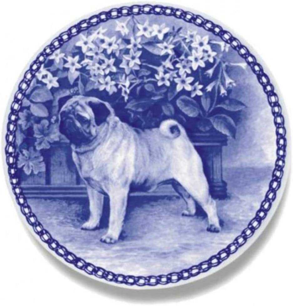 Amazon Com Pug Dog Porcelain Plate For All Dog Lovers Size 7 61 Inches Kitchen Dining
