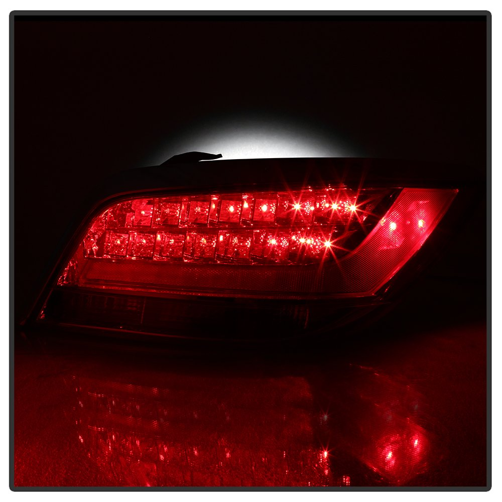 Xtune ALT-JH-BLAC10-OE-R Tail Light