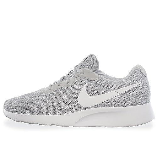 8d100e0282d Nike Tenis Tanjun - 812654010 - Gris - Hombre - 27  Amazon.com.mx ...