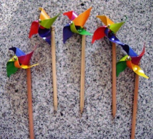 Unbekannt 5 Windmü hlen klein mit Bleistift aus Kunststoff - Bleistiftwindrad (Windrad 9 cm Durchmesser, Bleistiftlä nge: ca. 18 cm) out of the blue KG Lielienthal