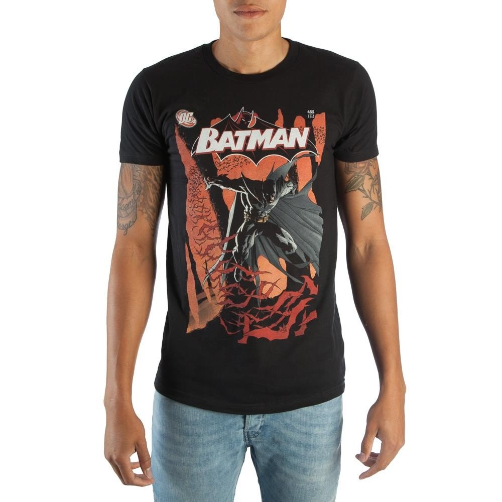 e079100a7a5c RETRO FAN FASHION - This unique and detailed original design t-shirt is  perfect for classic comic fans