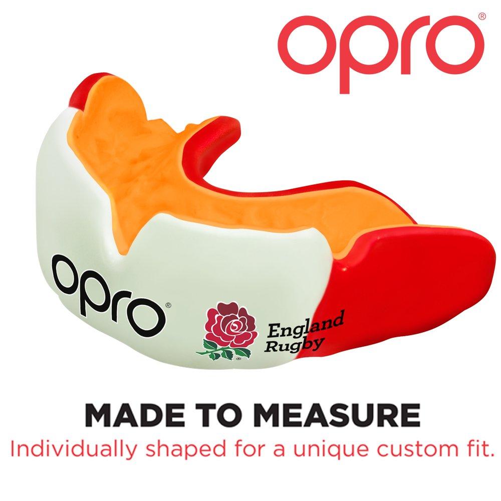 3a1001051b93b Opro Junior pour enfant conçu sur mesure Protège-dents avec D30 Matière  absorbant les chocs. 50% plus Gum boucliers pour arts martiaux, rugby,  hockey, MMA, ...