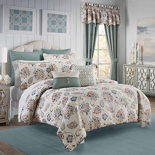 - Croscill Beckett Full/Queen Comforter M M, 3 Piece