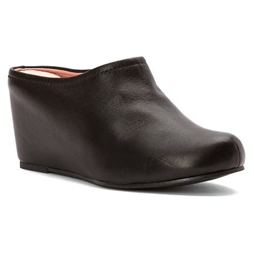 4e9b10f56378 Amazon.com  Taryn Rose Women s Boston  Shoes