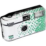 Ilford HP5+–Fotocamera usa e getta con flash