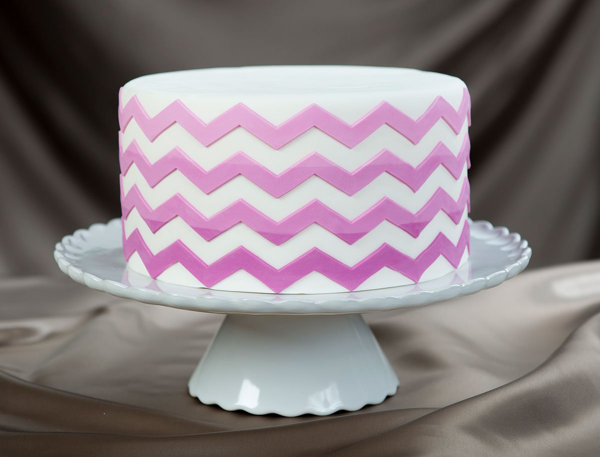 Marvelous Molds Medium Chevron Silicone Onlay for Cake Decorating with Fondant and Gumpaste Icing by Marvelous Molds (Image #2)