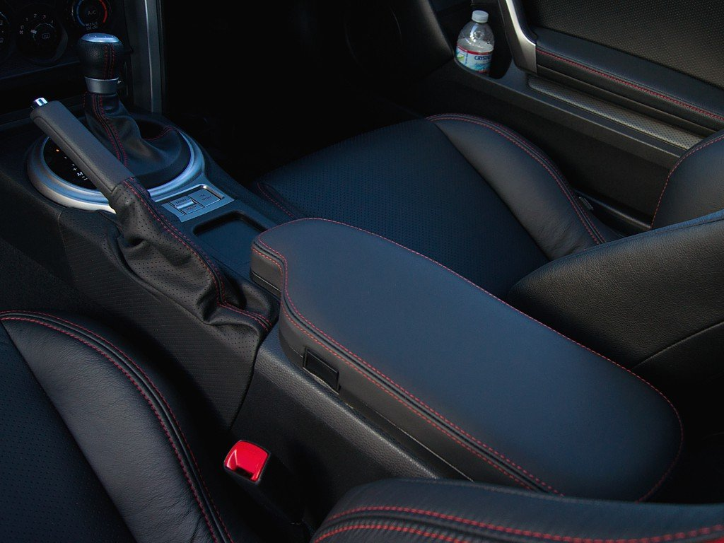 Black Alcantara-Blue Thread Compatible with Nissan 350Z 2003-08 RedlineGoods Door armrest Covers 03-05 only