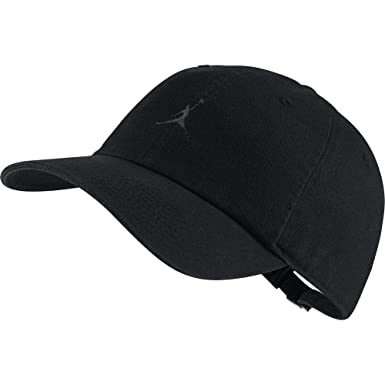 1308e57dc10 Nike Jordan Heritage H86 Jumpman Floppy Hat Black Grey AR2117-010 at Amazon  Men s Clothing store