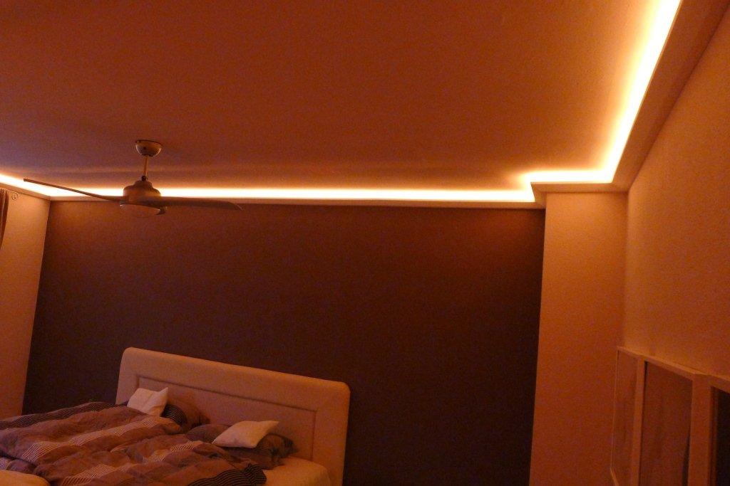 LED Profil Stuckleiste Für Indirekte Beleuchtung Der Decke   Lichtvouten  Aus Hartschaum 90x50mm DBML 90 PR: Amazon.de: Baumarkt