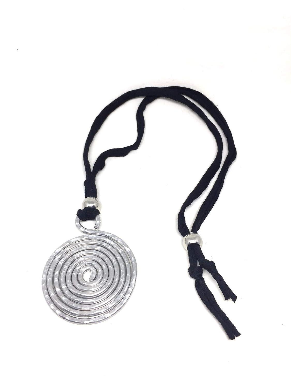 collana lunga con pendente in alluminio