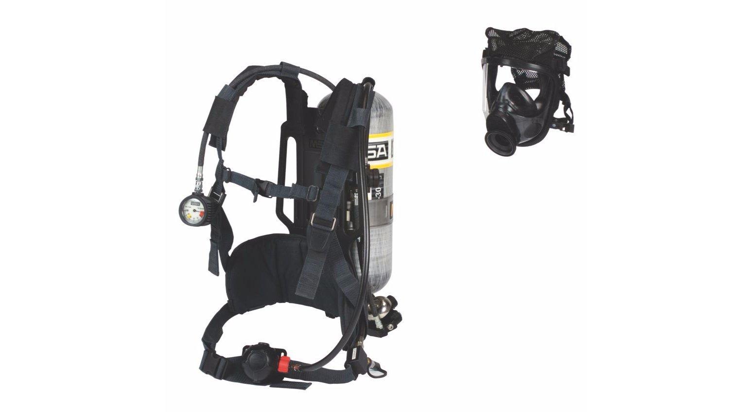 MSA 10095804 AirHawk II Industrial Air Mask - Adv 4000, Medium Hycar, Polyester Net Head Harness, Aluminum - 30 minutes, Hard Case, Black