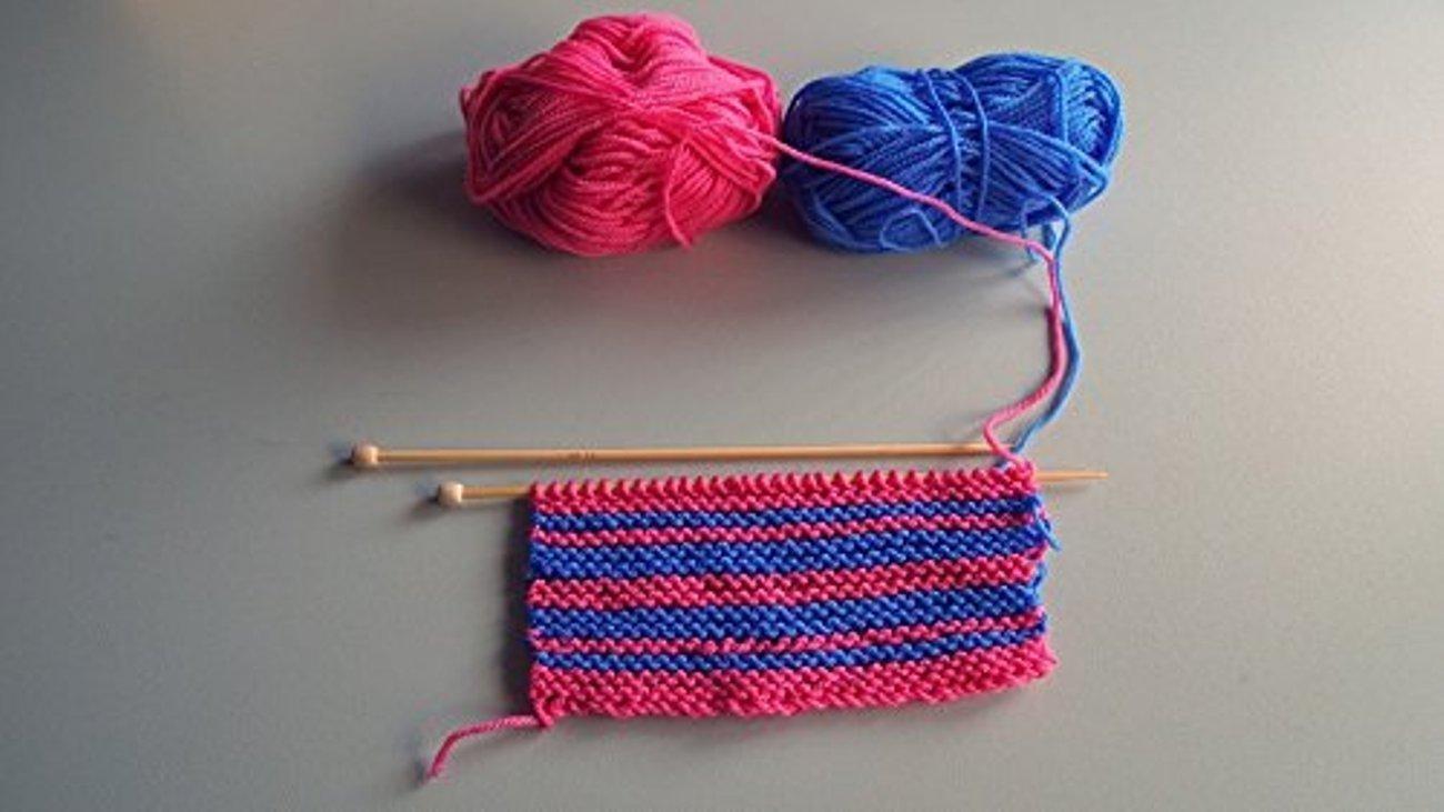 Kurelle Pack de 10 Madejas Hilo de tejer/Acrílico lana - Perfecto para Crochet y Tejer - Hilado grueso para acolchar en una variedad de colores - 80 Metros ...
