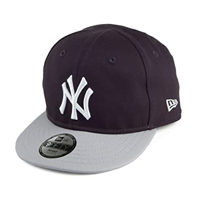 New Era Baby 9FIFTY New York Yankees Snapback Cap - Navy Grey Blue-Grey  Infant Ad  Amazon.co.uk  Clothing a4d78475c64