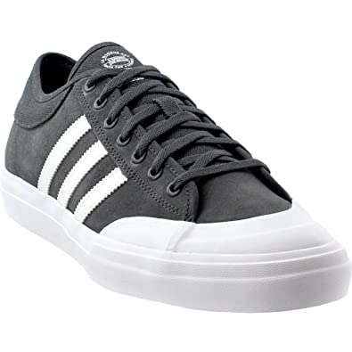 ed594051d097 Amazon.com  adidas Matchcourt ADV Skate Shoes - Solid Grey White  Shoes