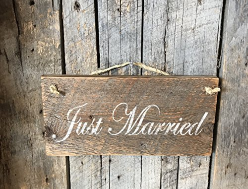 Just Married Barn Wood Sign]()