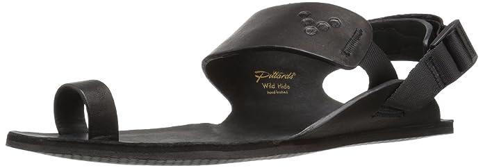 Die Vivobarfoot Kolhapuri ist eine durchweg schwarze Sandale mit einem Riemen über dem großen Zeh.