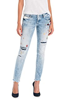 f1b7c5e3 Salsa Capri Shape Up Jeans with Embroidery: Amazon.co.uk: Clothing