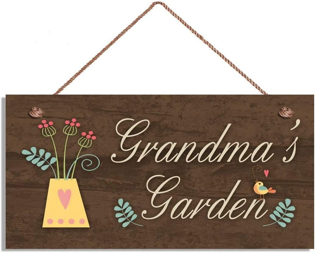 MAIYUAN Grandma's Garden Sign Garden Gate Sign Wood Plank Hanging Plaque Craft Art Gifts for Grandmother 10x5 Inches(SLY974)