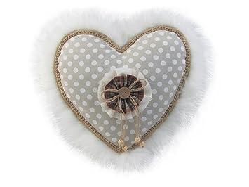 XONE SRL Cojín Corazón Blanco con Pelo 35 cm: Amazon.es: Hogar