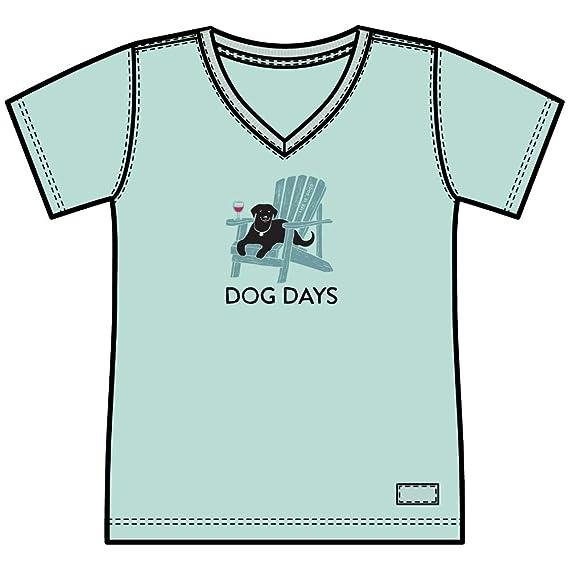 9c5fea92f3e86a Amazon.com: Life is Good Crusher Vee Dog Days T-Shirt: Clothing