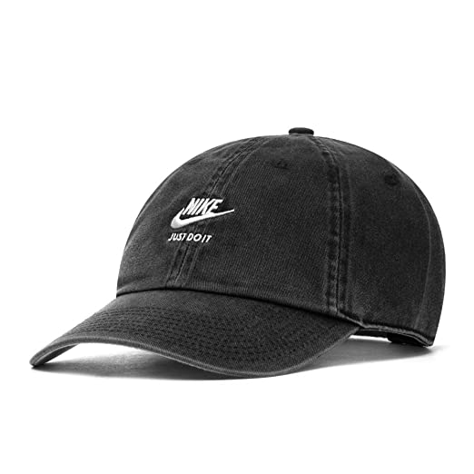 free shipping a64f0 2be41 Nike Sportswear Heritage 86 Cap, Black Wolf Grey Sail, One Size   Amazon.co.uk  Sports   Outdoors