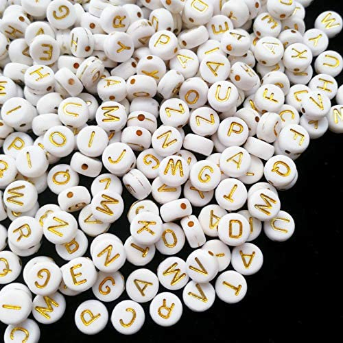 Amaney 1000 Pieces 7×4mm White Round Acrylic with Gold Alphabet Letter Beads for Jewelry Making Bracelets Necklaces Key Chains