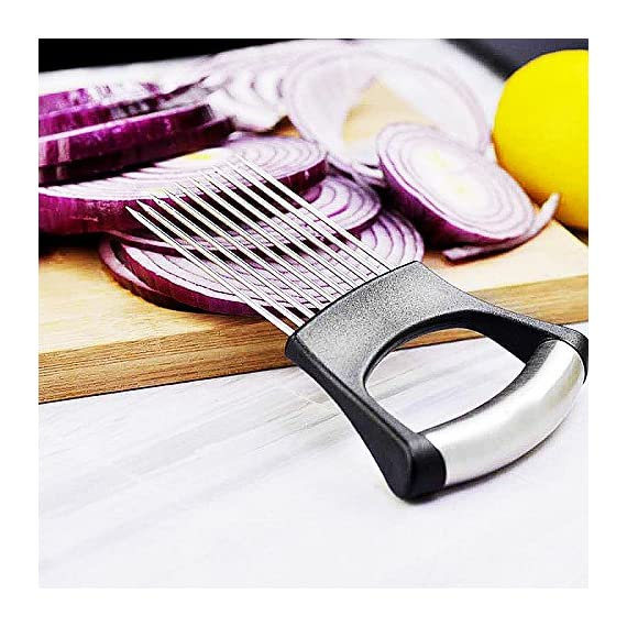 Culinerro - The Best Onion Holder for Slicing All-In-One | Potato holder | Onion Cutter | Onion Chopper Stainless Steel 2 ✅ SUPER QUALITY - Our onion holder is made of high -quality materials. You can be sure that you are choosing an excellent product. ✅ EASY TO USE - The stainless-steel tines make it easy to chop onions with a knife ✅ COMFORTABLE HANDLE - A comfortable handle makes using this product pleasant for both left- and right-handed people.