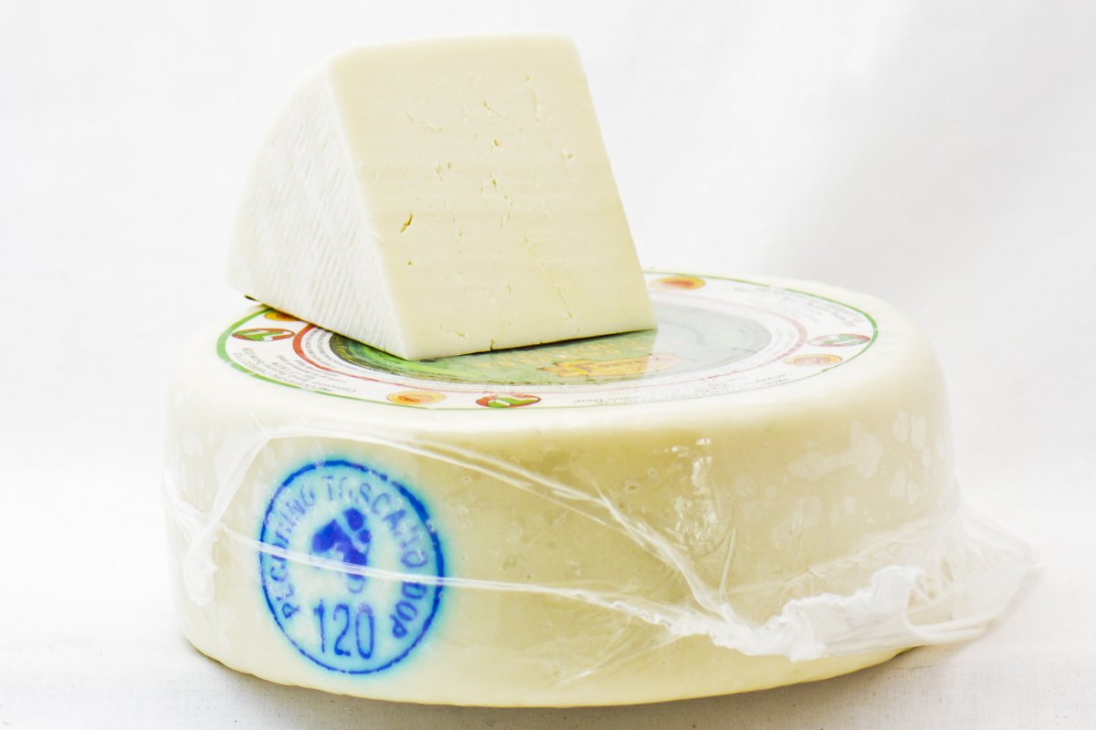 Forteto Pecorino Toscano Cheese D.O.P.
