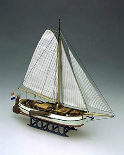 Amazon.com: Catalina – Modelo Ship Kit por Mamoli: Toys & Games